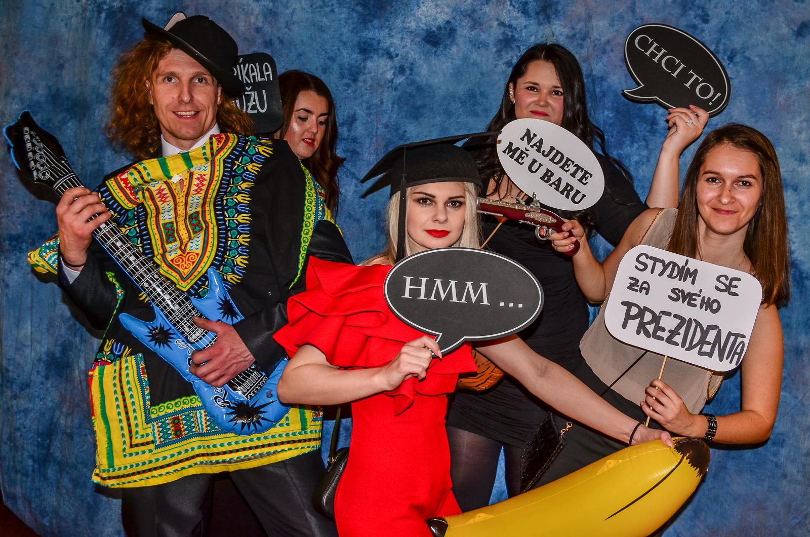 Fotky z fotokoutku Ssš podnikatelské Altman